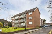 2 bed Flat for sale in Chase Road, Oakwood, N14