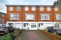 4 bedroom home in Canford Close, Enfield...