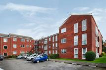 Flat in Roundhedge Way, Enfield...