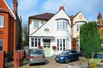 4 bed property to rent in Hurst Road...