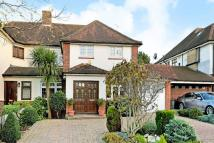4 bedroom property in The Ridgeway, Southgate...