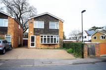 3 bed house in Robson Close, Enfield...