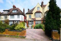 6 bedroom property in Wellington Road...