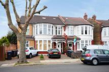 2 bedroom Flat in Oakfield Road, Southgate...