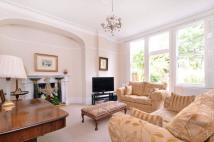 Flat for sale in Haslemere Road...