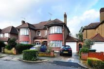 3 bed house to rent in Wynchgate, Southgate, N21