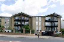 Flat for sale in Aldermans Hill...