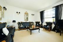 2 bedroom Flat in The Firs, Clay Hill...