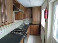 Flat to rent in Trafalgar Place...