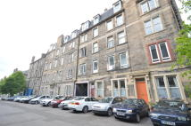 2 bed Flat in 5/6 Drum Terrace...