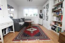 Flat to rent in Vallentin Road - E17