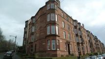 Flat to rent in Garrioch Drive...