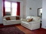 2 bedroom Flat to rent in , Grove Street, FK6