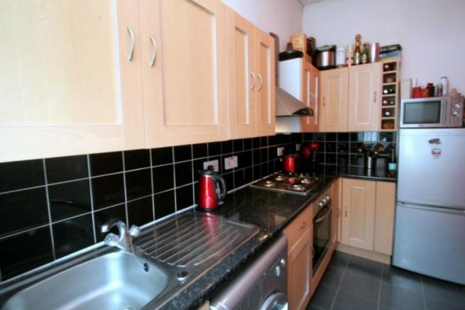 949_Tollcross Road. Kitchen A.JPG