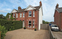 Semi-detached Villa in Beeches Road...
