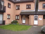 1 bed Ground Flat in Flamingo Court, Lenton...
