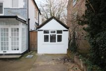 Studio flat in Brook Avenue, Edgware...