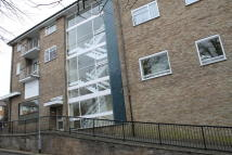 Studio flat in High Road, Bushey Heath...