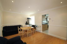 4 bedroom Flat in Edgware Road, London, NW9