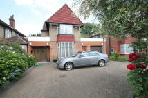 Detached house to rent in Edgwarebury Lane...