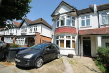 2 bedroom Maisonette in Langley Park, London, NW7