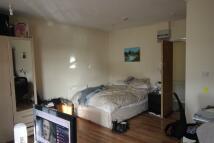 Studio apartment for sale in Kenton Road, Harrow...