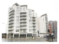 1 bed Apartment in Blackwall Way, Blackwall...