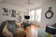 Flat to rent in Mazenod Avenue, London...