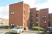 Flat to rent in South George Street