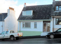 2 bed End of Terrace house for sale in 4 Main Street, Bowmore...