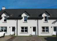 Terraced house for sale in 5 Heatherbank, Cairnbaan...
