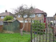 2 bed Maisonette in Dryden Close, Hainault