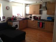 1 bed Ground Flat in Droveway, Loughton