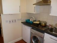 Flat to rent in North Street, Romford