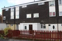 Maisonette to rent in GREENLANDS ROAD...
