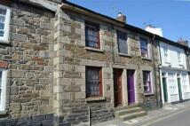 2 bed Terraced property to rent in West Street, Penryn