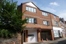 2 bedroom Flat in Parkgate Road, Neston...