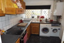 Detached property in Freshwater Close...
