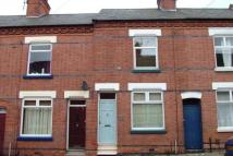 2 bedroom Terraced property to rent in Hartopp Road, LE2 1WF