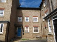 Flat in Theaks Mews, Taunton