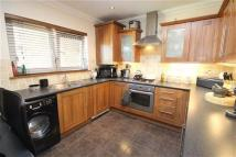 3 bedroom Flat in South Street, Southsea