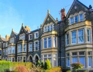 2 bedroom Flat in Cathedral Road, Pontcanna