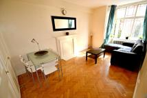 2 bed Flat to rent in Queensway, Bayswater...