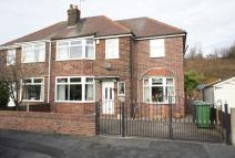 3 bed semi detached home to rent in Springfield Avenue...