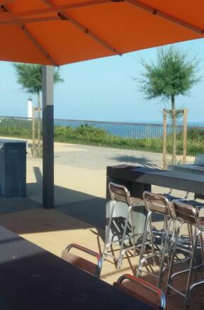 Biarritz bar