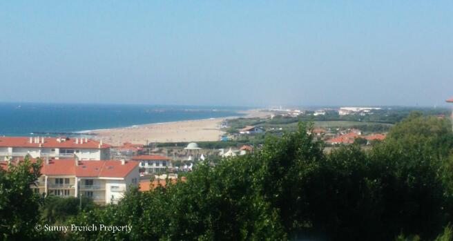 Anglet coastline
