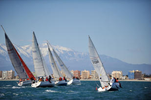 Sailing in Canet