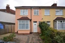 Downend Road Flat to rent