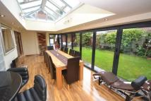 5 bedroom Detached property for sale in Bullens Close...