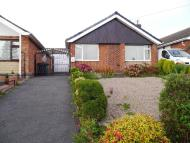 2 bedroom Detached Bungalow in Thomson Drive, Codnor...